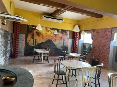 CAFÉ/ GARAGEM E ARMAZÉM NO CENTRO DA CIDADE DE CASTELO BRANCO