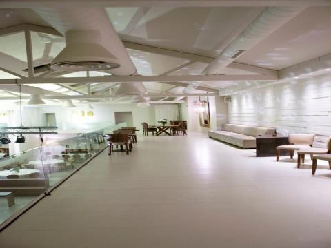 Espaço para Loja , Escritório, Restaurante para alugar ou vender no centro de Matosinhos