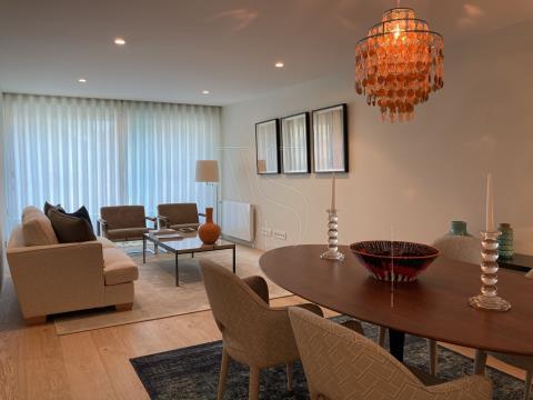 Apartamento T3 Foz do Douro - 140 m2 + Varanda, c/ 2 Lug. garagem (M T312)