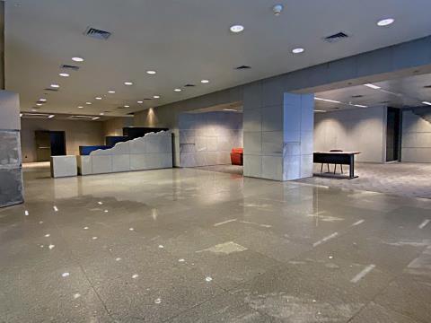 Espaço comercial com 1532 m2 na baixa Porto.