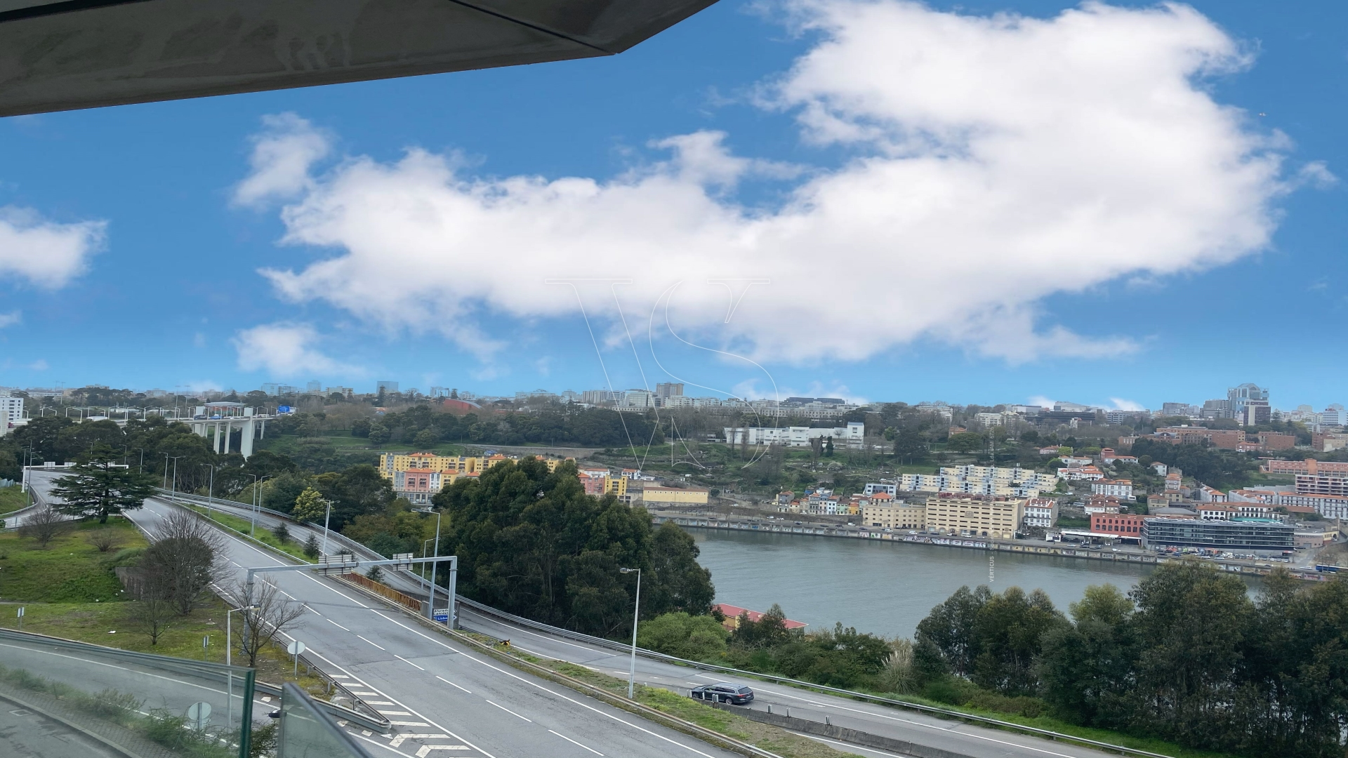 Apartment 5 bedrooms with 2 suites - Unalterable views over the Douro River and Oporto city