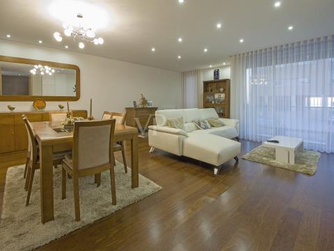 Apartamento T3 para venda - Praia de Lavadores - VN Gaia, Porto