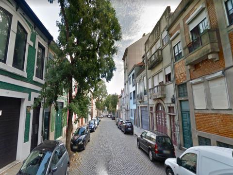 Prédio T4, Porto, Porto