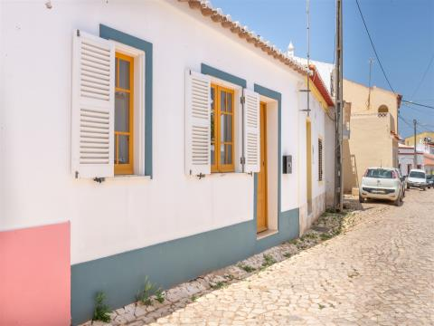 TYPICAL 1 BEDROOM VILLAGE TOWNHOUSE, ONLY 15 MINUTES AWAY FROM BEACHES