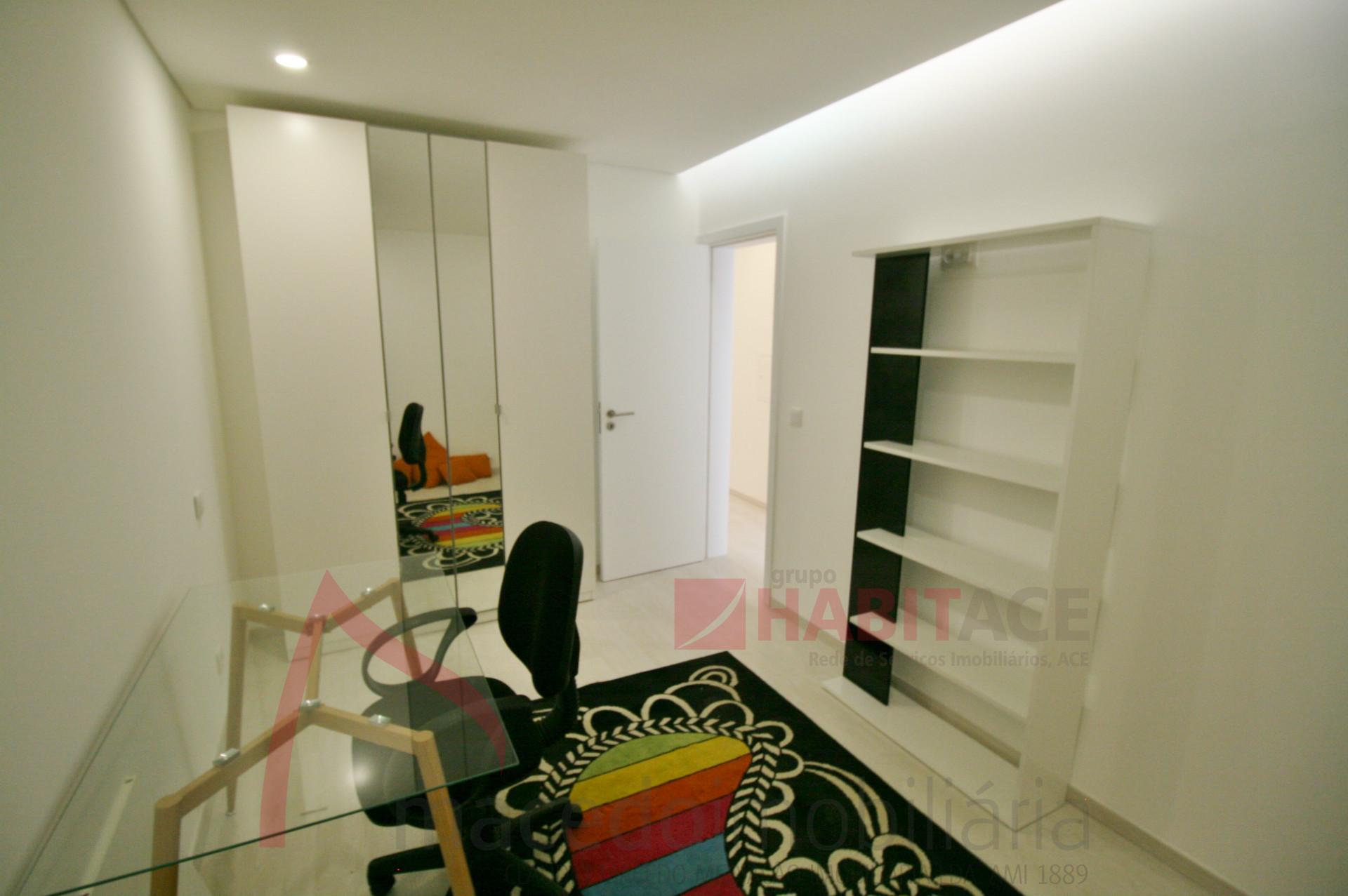 Apartamento T1+1 no centro