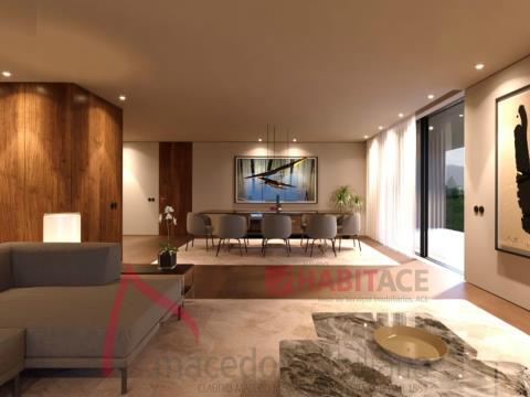 Apartamentos T4 em Fraião