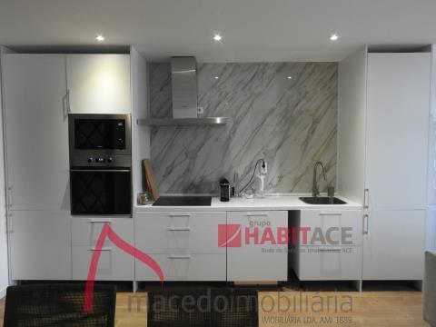 Apartamento T3 Duplex remodelado para venda no centro de Braga