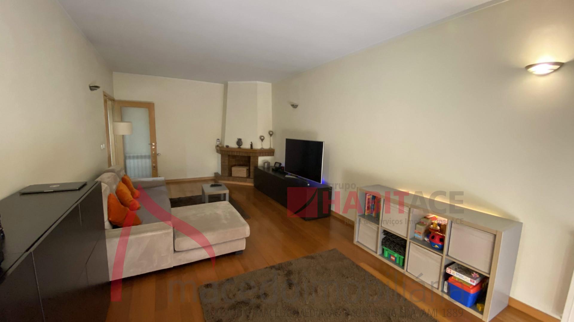 Excelente Apartamento T3 em Lamaçães - Braga
