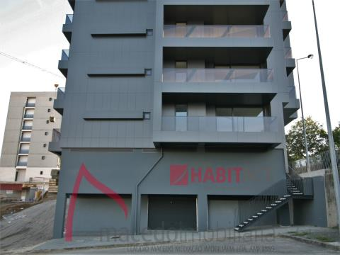 Apartamento T4 de Luxo em Fraião com vistas para a cidade - (fase de acabamentos)