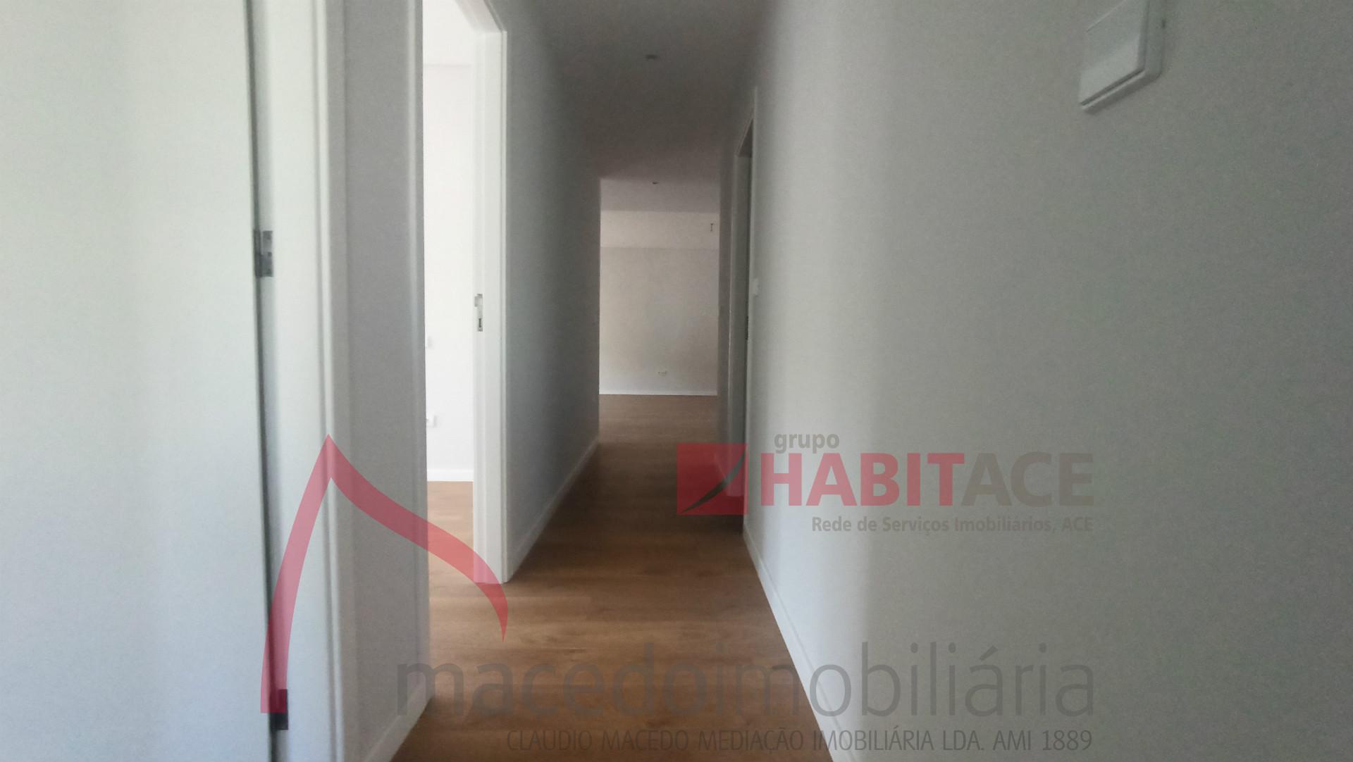 Apartamento T3 em Nogueiró