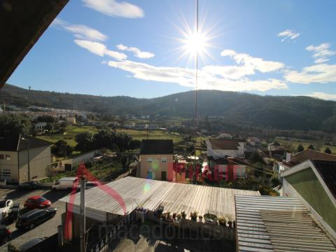 Andar Moradia T3 em Nogueira