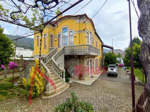 Piccola fattoria in vendita a Lamaçães, Braga - Ideale per progetto di investimento