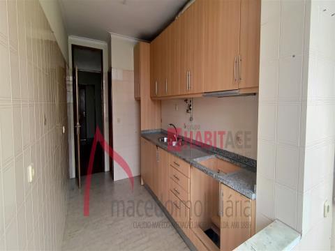 Appartement 2+1 chambres avec garage.