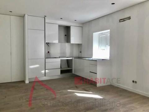 Apartamento T0 para venda.