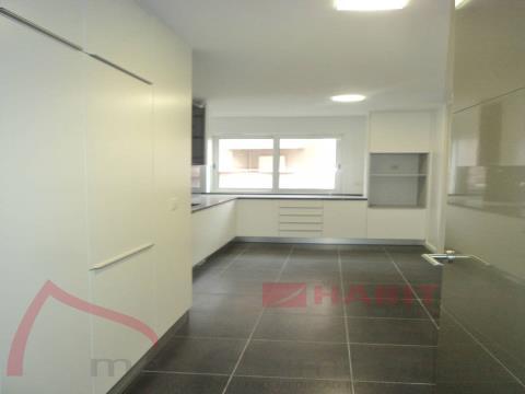 Apartamiento 4 habitaciones
