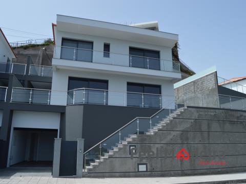 Maison jumelée 3 Chambre(s)