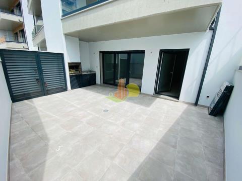 T3 c/ Garagem e terraço privativo - NOVO