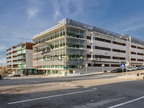 Escritório para arrendar no Mirador Business Center