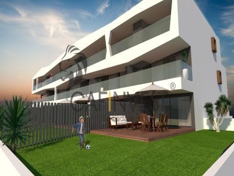 Apartamento T2 c/ Terraço Novo na Costa Nova