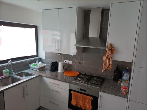 Apartamento T3 em Esgueira