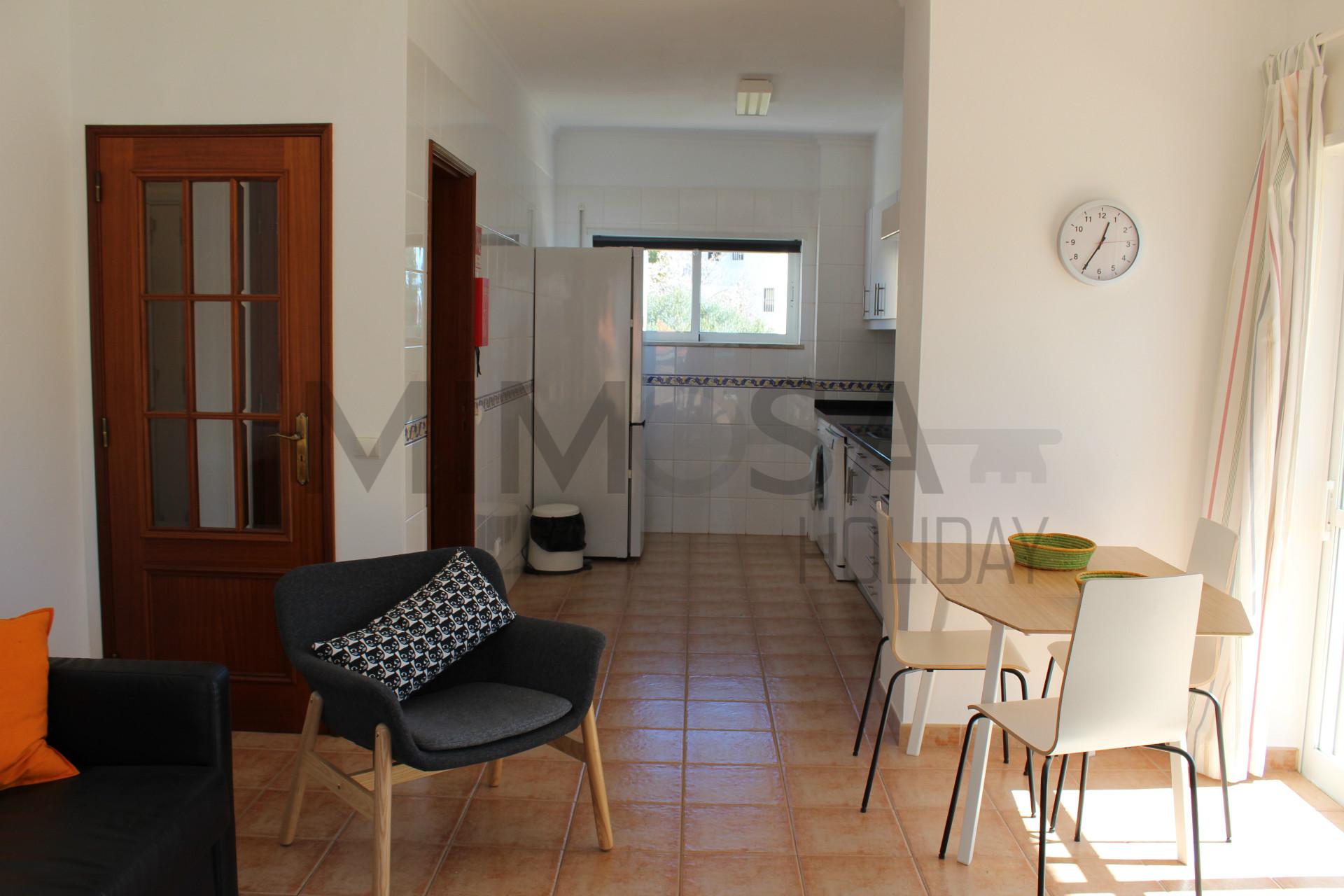 Meraviglioso appartamento con una camera da letto per le vostre vacanze con piscina.