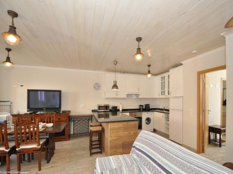 Magnífico apartamento T1 com uma curta distância da praia em Burgau