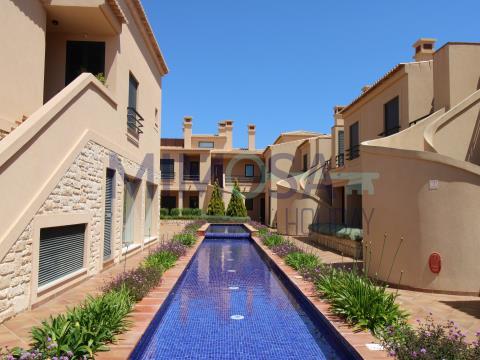 Fantástico apartamento de três quartos com piscina perto da  Praia da Luz