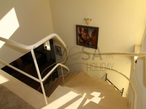 Meravigliosa casa vacanze con tre camere da letto vicino alla spiaggia di Meia Praia a Lagos