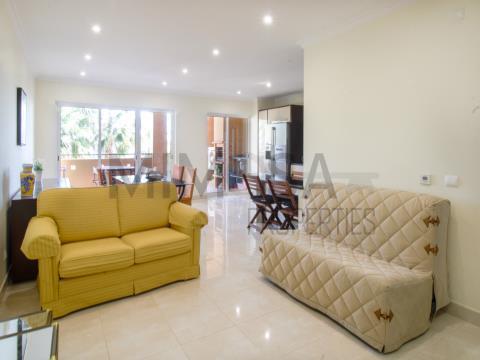 Apartamento con excelentes vistas al mar y montaña en Lagos