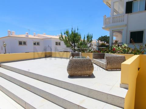 2 bedroom villa with pool and sea view, in Meia Praia, Lagos