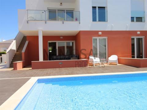 2-Zimmer-Wohnung mit Pool in Strandnähe, Burgau, Lagos