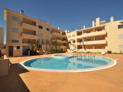 Apartamento de 2 habitaciones con piscina en Praia D. Ana, Lagos