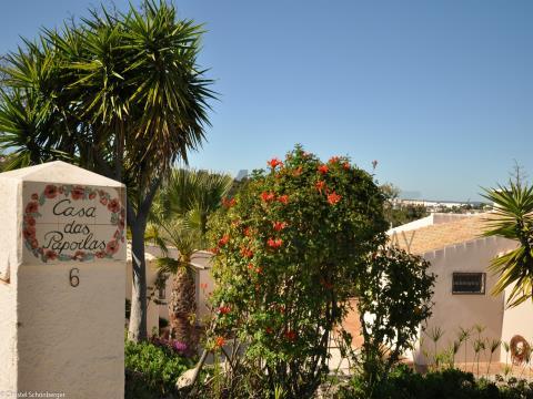 Villa met 2 slaapkamers en zwembad nabij Meia Praia, Lagos