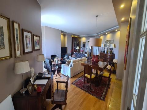 Apartamento T4 com visitas de Mar, Póvoa de Varzim