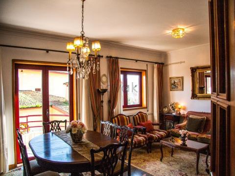Apartamento T6 em Montgeron, Póvoa de Varzim