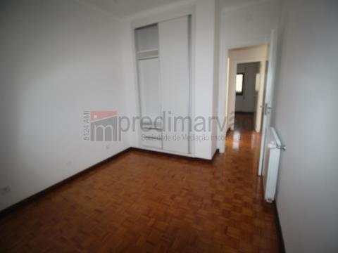 Apartamento T3 Remodelado