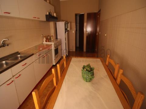 Apartamento R/C Central