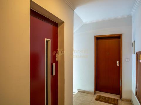 Apartamento T3 arrenda-se