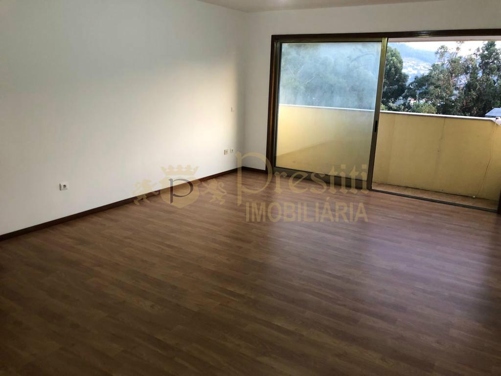 Apartamento T1 Mesão Frio Guimarães - Prestiti Imobiliária