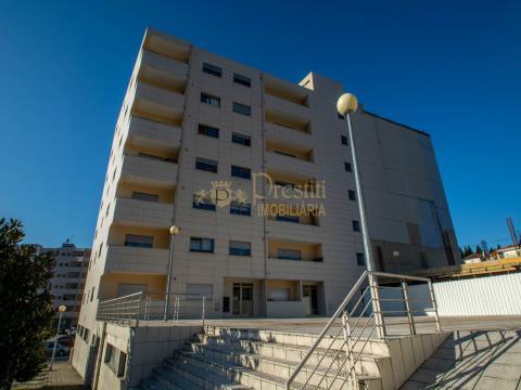 Apartamentos T3 em Construção