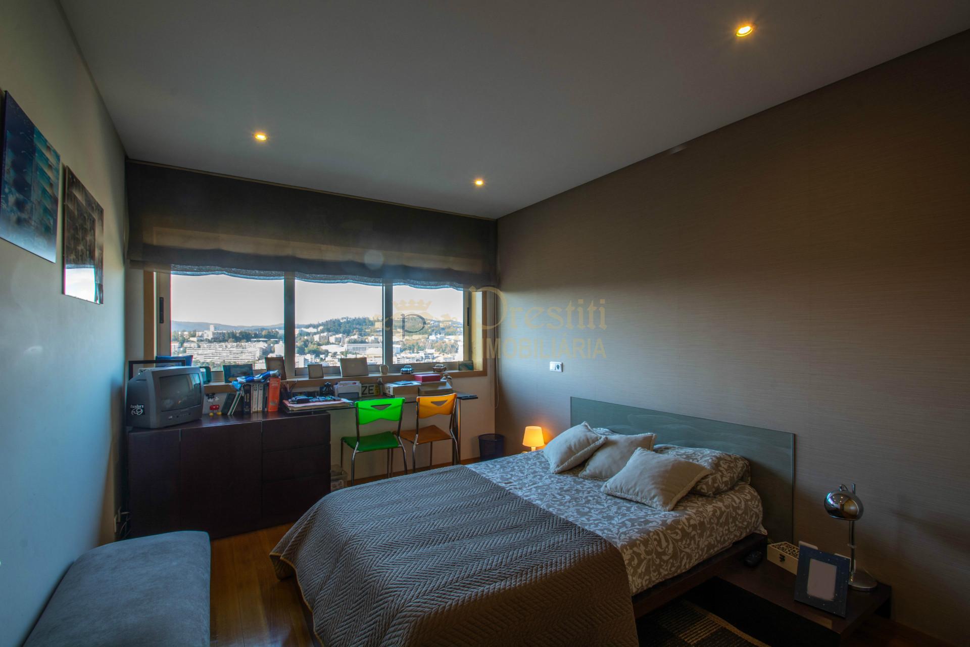 Apartamento T3 em Creixomil EXCLUSIVO
