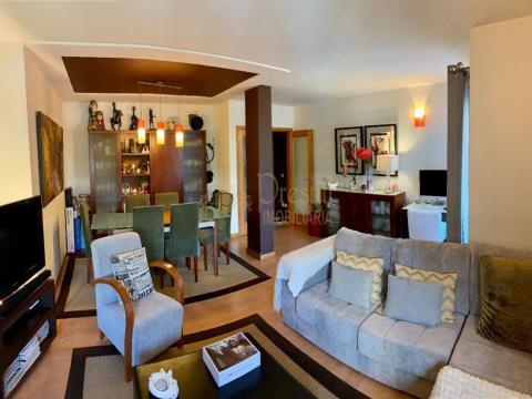 Apartamento T3 á Venda na Costa