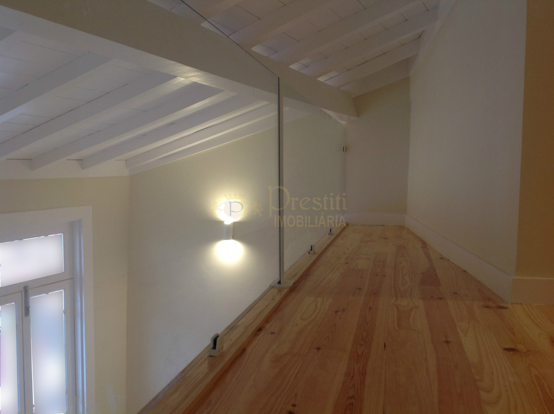 Fabulous 0 + 1 Apartment in the Historic Center of Guimarães