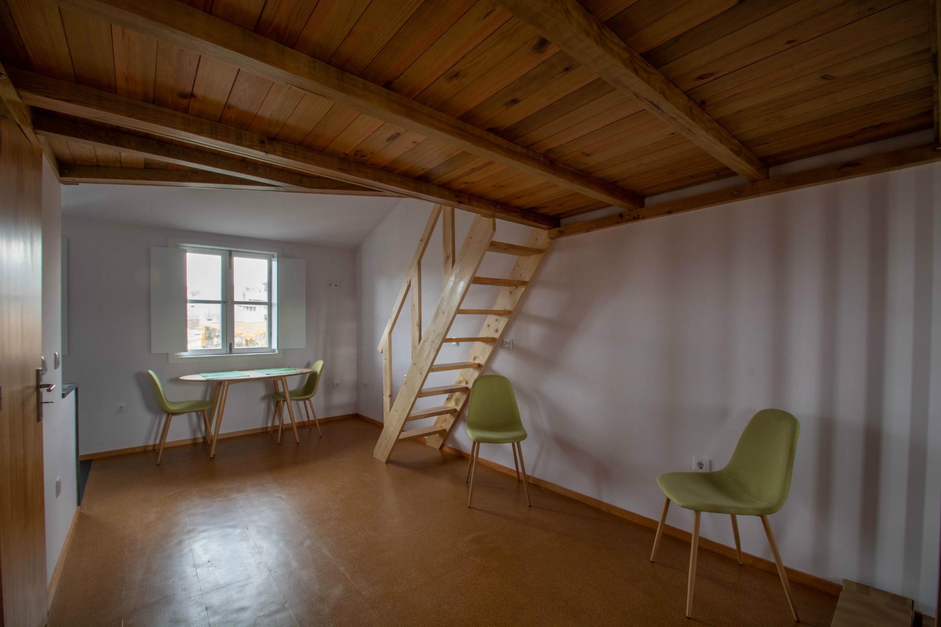 Estúdio com mezzanine para Arrendar em Guimarães