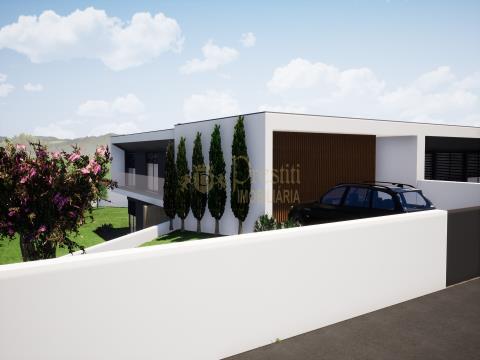 Terreno com Projeto Aprovado, Silvares, Guimarães