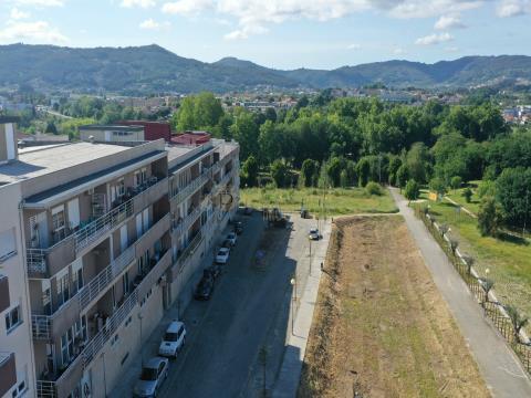 Apartamento T2 para Vender em Ponte, Guimarães