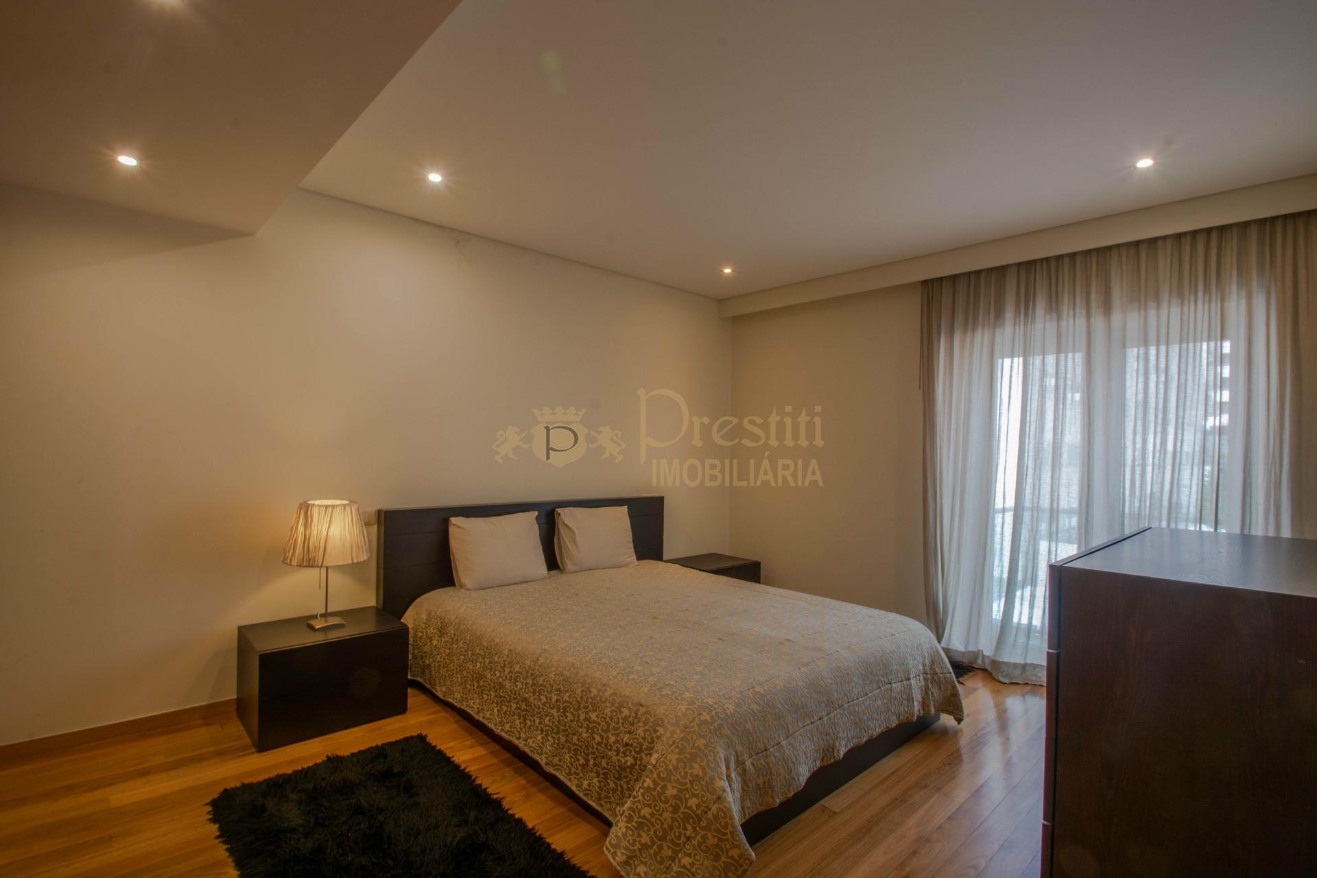 Apartamento T3 para Arrendar em Guimarães