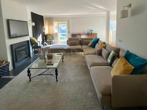 Apartamento T3 Duplex para vender em Guimarães