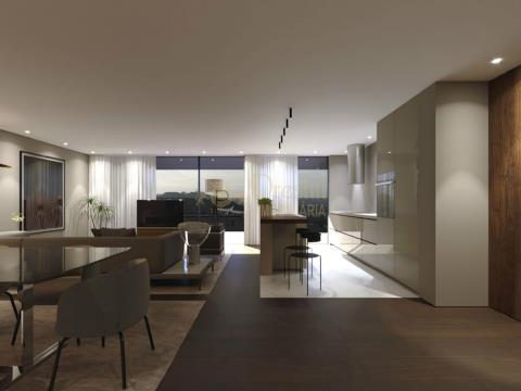 Apartamento T4 no R/chão a Venda em Braga