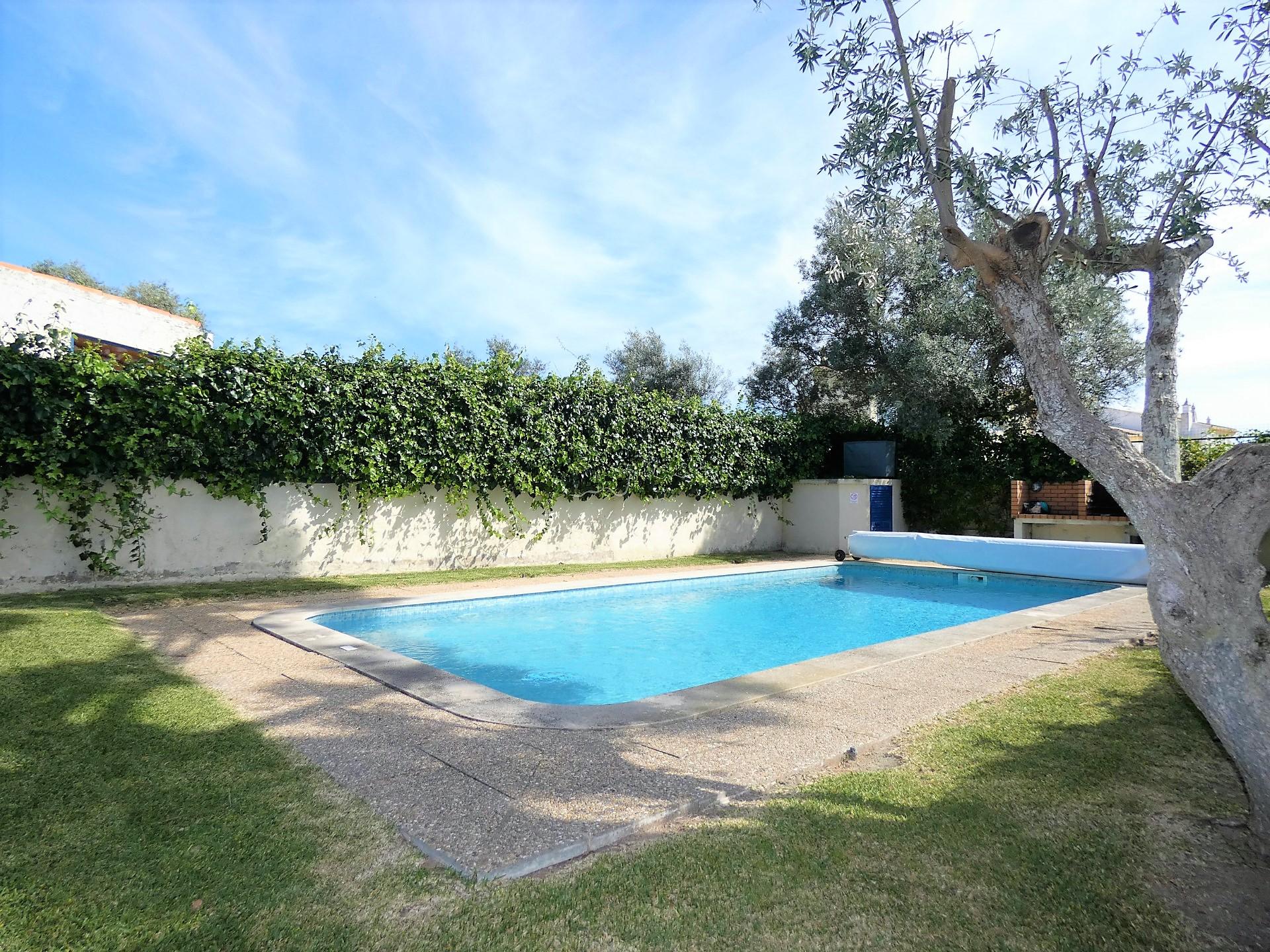 Moradia T2 - Bemposta - Piscina - Jardim - Algarve